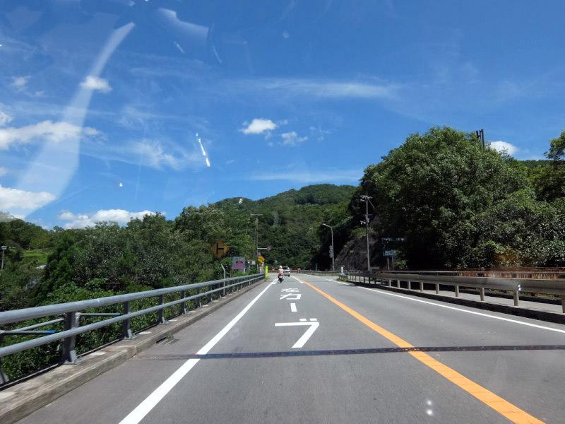 Tracerでそば四百年家に行って福井のループ橋も通ってみる